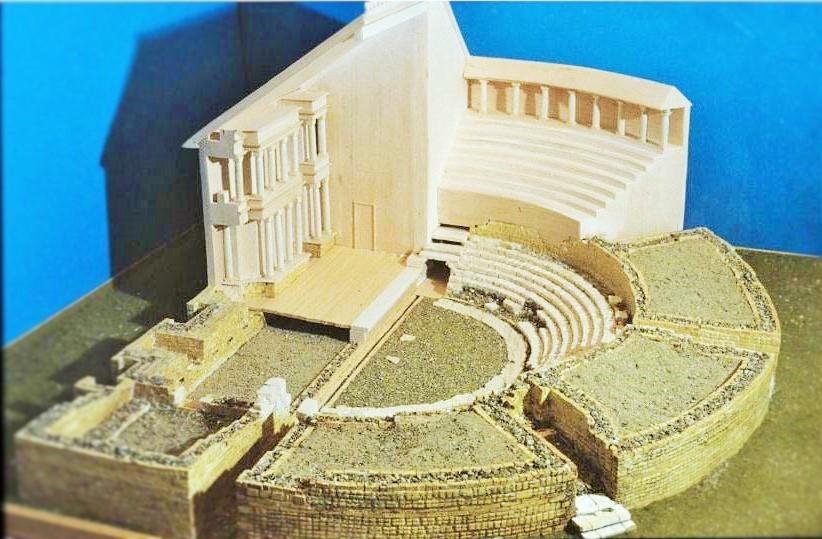 plastico del teatro romano