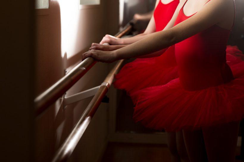 ventimiglia scuola di danza favoreggiamento immigrazione